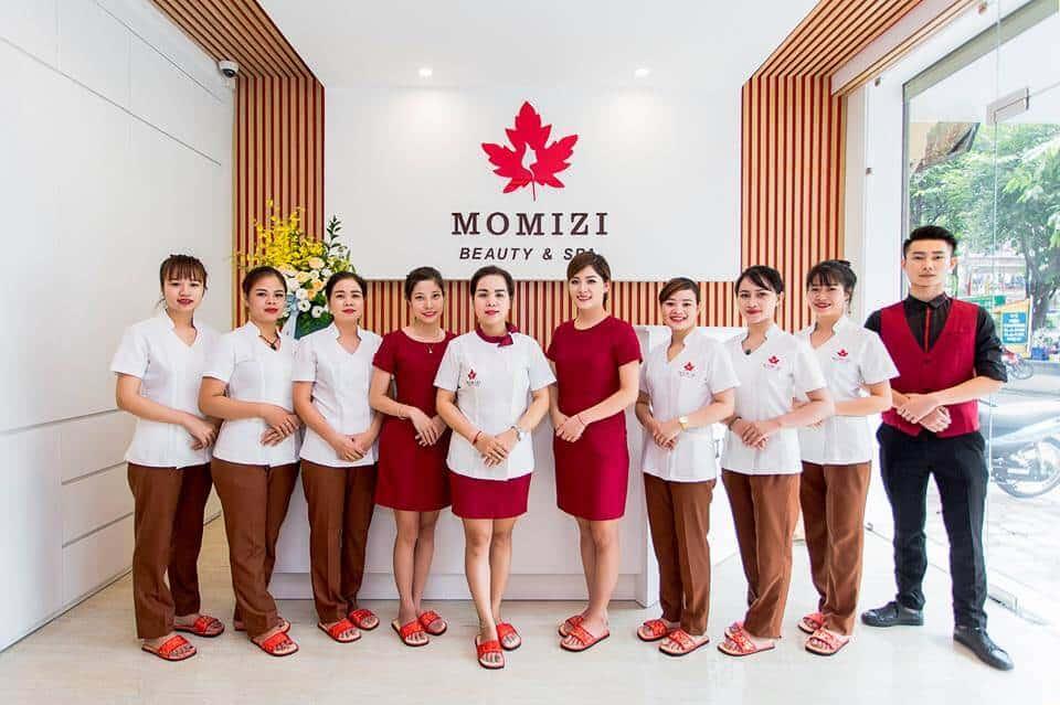 Hình ảnh đồng phục nhân viên Spa Hàn Quốc màu trắng