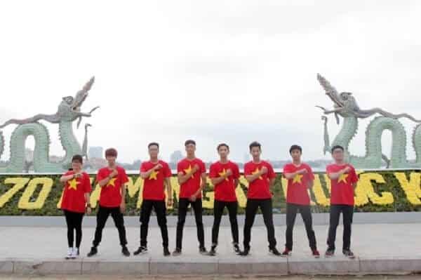 Đồng phục Ocean cung cấp áo thun cờ đỏ theo yêu cầu