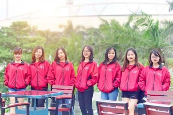 Áo khoác gió nhóm màu hồng trẻ trung năng động