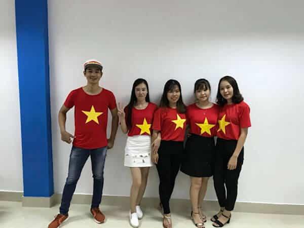 Áo cờ đỏ sao vàng của Đồng phục Ocean
