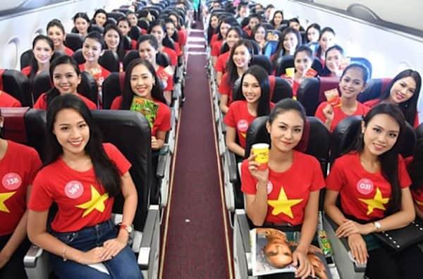 Áo cờ đỏ sao vàng cho thí sinh đi thi
