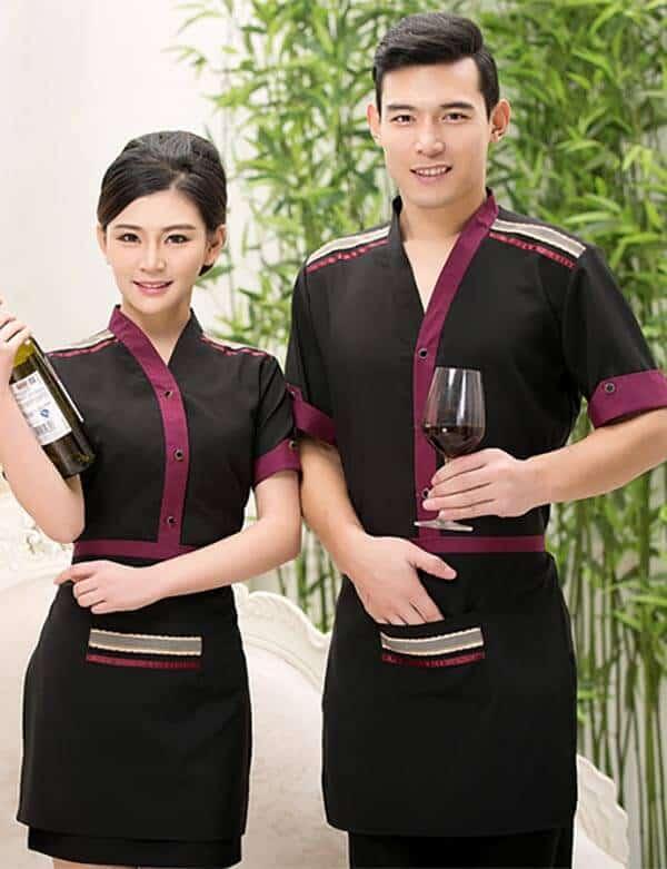 Đồng phục cho nhân viên với tone đen và tím