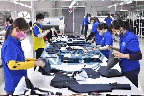 Đồng phục chất lượng kém mang đến thiệt hại lâu dài