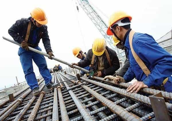 Những rủi ro trong lao động khi làm đồng phục công nhân kém chất lượng