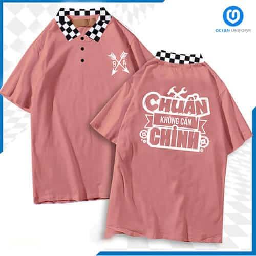Tông màu hồng đất giúp tôn da, không kén người mặc kết hợp với cổ áo caro đem đến vẻ đẹp hài hòa.