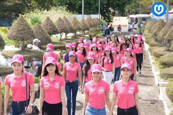Áo đồng phục nữ màu hồng nữ tính
