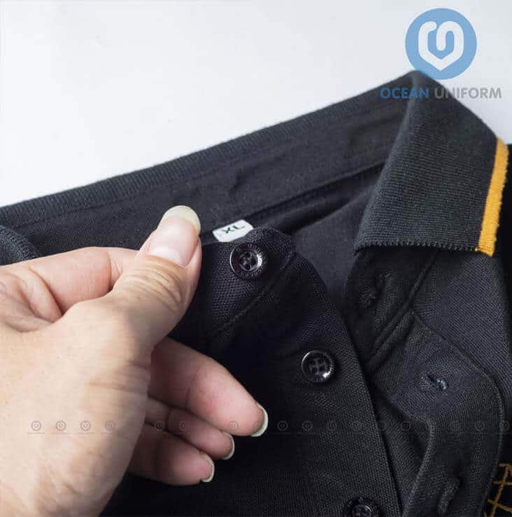 Khuya áo chắc chắn, kèm nẹp cổ cố định form áo