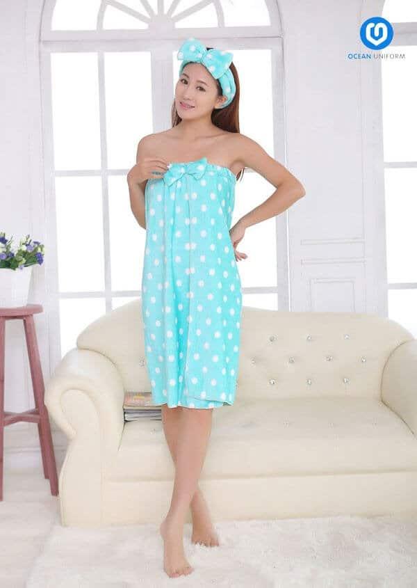 Áo quây màu xanh châm bi kết nơ
